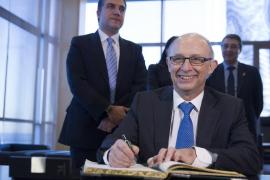 Hacienda ha ingresado 1.200 millones por la amnistía fiscal, la mitad de lo previsto
