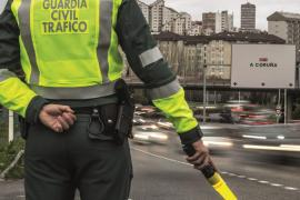 La DGT aclara que no es sancionable no usar mascarillas en los vehículos