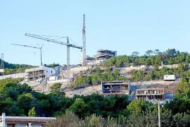 Vila no decretará la paralización de obras en verano para dinamizar la economía