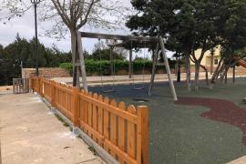El Consell de Formentera trabaja en la mejora de la seguridad de los parques infantiles