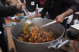 The Guardian recomienda el 'sofrit pagès' como plato ibicenco «sabroso»