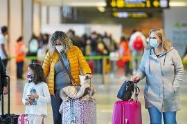 Varapalo al sector turístico de Ibiza al cancelar Jet2 todos sus vuelos británicos hasta el 24 de junio