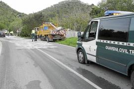 Un camión en llamas da un gran susto a los conductores del Camí de Can Furnet