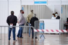 ¿Cree que Baleares debería priorizar la vacunación de empleados turísticos?