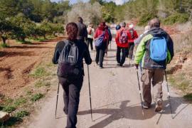 Sant Antoni retoma las salidas de marcha nórdica en abril y mayo