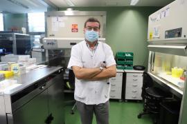 El jefe de Virología de Son Espases, Jordi Reina: «Lo peor de la pandemia ya ha pasado»