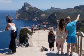 Pimem pide un 'semáforo COVID' por regiones para recuperar el turismo internacional