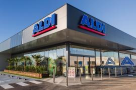 Aldi inaugura en Cala Millor su supermercado número 5.000