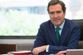 Garamendi: «Los mayores de 80 años están vacunados, que vayan con el Imserso a disfrutar de los hoteles en Mallorca»