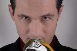 Lo mejor (que no quiere decir bueno) de Juan Carlos Montaner + Magicland, de Miguel Gavilán