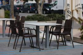 Toque de los restauradores al Govern: piden la apertura de los interiores porque así figura en el semáforo COVID