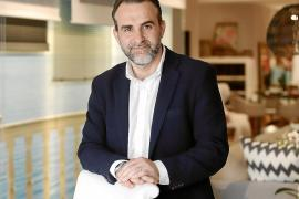Rafael Ballester: «Hay que diversificar y mejorar el modelo turístico, no cambiarlo»