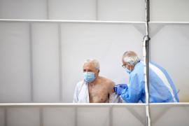 Vacunación contra la COVID: Pendiente de decisiones clave de España y Europa