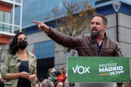 La Fiscalía investigará a Vox por un delito de odio en un cartel electoral contra los menas