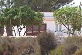 Dimite el presidente de GxF por el almacén convertido en vivienda ilegal en s'Estany d'es Peix