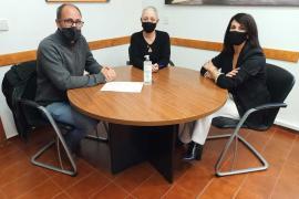 Consell y SD Formentera firman un convenio para la coordinación y gestión de la Escuela de Fútbol Base