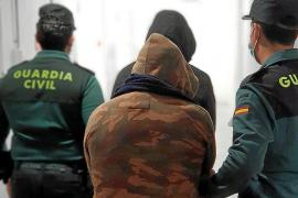 Dos detenidos por un atraco a punta de navaja y un tiroteo para robar dinero y joyas