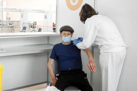 Salud reconoce que Ibiza es la isla con mayor rechazo a la vacuna