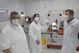 Armengol, en la fábrica PSB5- Protección Sanitaria Balear, ubicada en el polígono de Marratxí