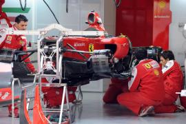 Alonso, a recuperar el liderato  y convertirse en el primer piloto que hace 'doblete'