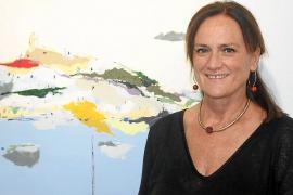 Diana Bustamante da el salto a Galicia con su muestra 'Desde el mar'