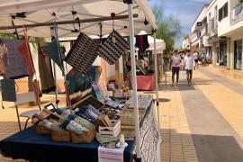 Este sábado arranca la apertura gradual de los mercados artesanos y artísticos en Formentera