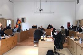 Formentera bonifica las tasas de ocupación de terrazas, comercios y mercados