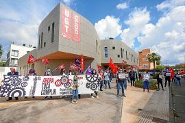Los sindicatos piden cautela en la desescalada y la prórroga de los ERTE