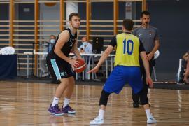 Baloncesto Liga EBA: Encuentro entre CB Sant Antoni y Castelldefels, en imágenes.