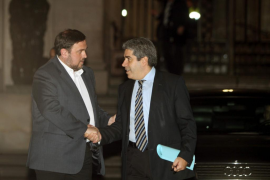 MAS Y JUNQUERAS CIERRAN UN ACUERDO DE GOBERNABILIDAD EN CATALUÑA CiU-ERC