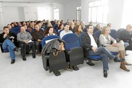 Los rent a car de Eivissa acuerdan recurrir ante el Tribunal Constitucional el impuesto del Govern