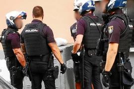 La operación policial está decretada como secreta por un juzgado de instrucción de Palma y el hermetismo sobre la misma es absoluto.