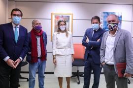 El Gobierno y los agentes sociales negocian prorrogar los ERTE más allá de mayo