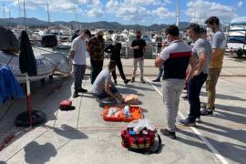 Agentes de la Policía Local de Sant Antoni se forman en seguridad marítima