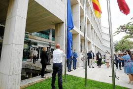 Ibiza homenajea a los residentes europeos en la isla y reivindica la unión