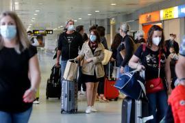 Inglaterra aliviará aún más restricciones por COVID el 17 de mayo
