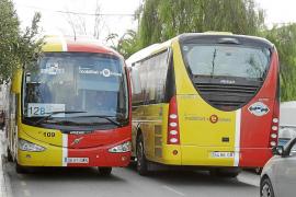 Los jubilados pagarán a partir de enero un 25% del billete de autobús, que hasta ahora tenían gratis