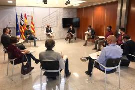 Asociación de Voluntarios, Discared, Maria Ramon y Nito Verdera, Premios al Mérito