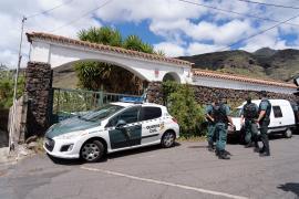 Registro en la casa del padre de las niñas desaparecidas en Tenerife
