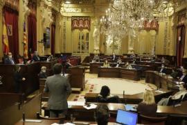 Tres diputados de Ibiza, los que más dietas cobran de todo el Parlament