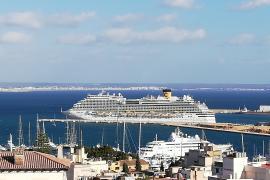 El Parlament reclama al Govern un protocolo sanitario para retomar los cruceros