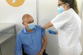 El Área de Salud pondrá 7.600 vacunas hasta el miércoles