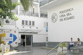 Hospitalizados dos motoristas heridos en sendos accidentes en Santa Eulària y Sant Antoni