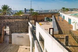 Cultura presenta el catálogo de la exposición de Tur Costa en Es Baluard Museu y la reedición de sus memorias