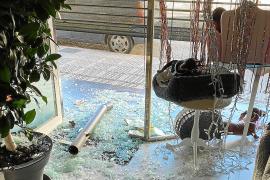La Policía Nacional busca a la 'banda de los bolardos' por robos con fuerza
