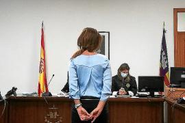 Condenada por falsificar un título de catalán para poder ser abogada