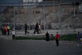 Qué se esconde tras el salto masivo de inmigrantes a Ceuta