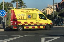 Exigen dos ambulancias para Sant Josep y Sant Joan y Salud lo valorará en función de la temporada