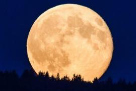 ¿Cuándo se verá el eclipse total de Luna y la Superluna de las flores?