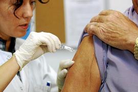 Las Pitiüses registran este año la cobertura más alta de vacuna de la gripe